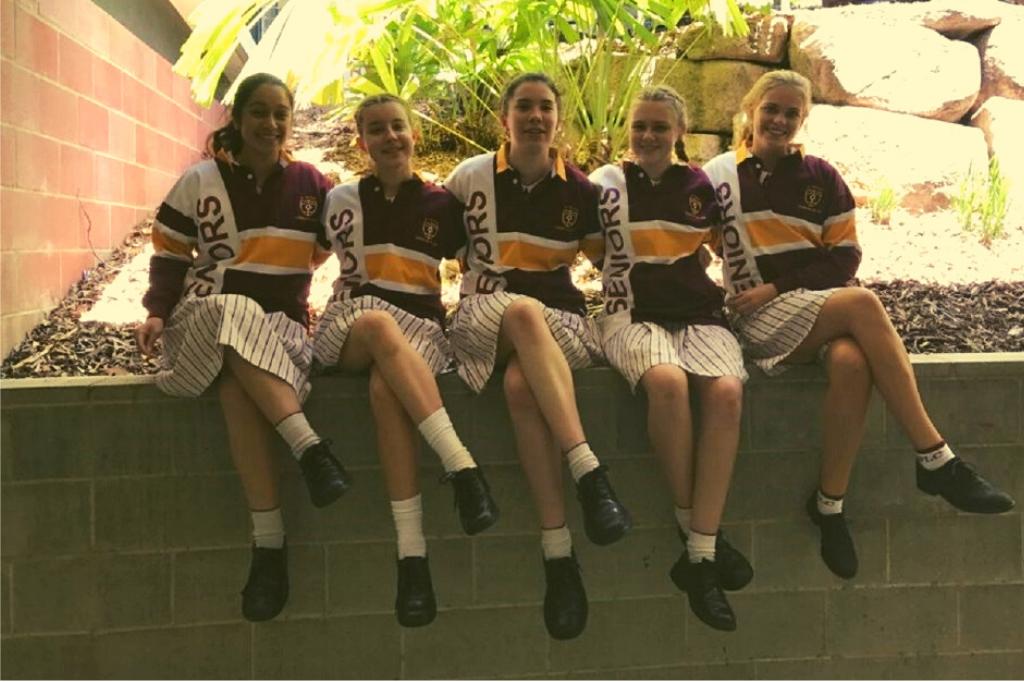 Australia students in uniform