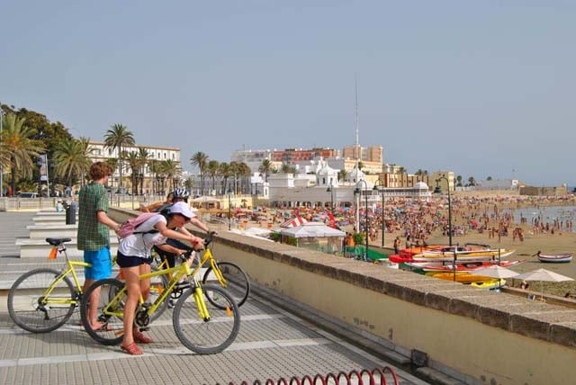 activities_04_bike-tour