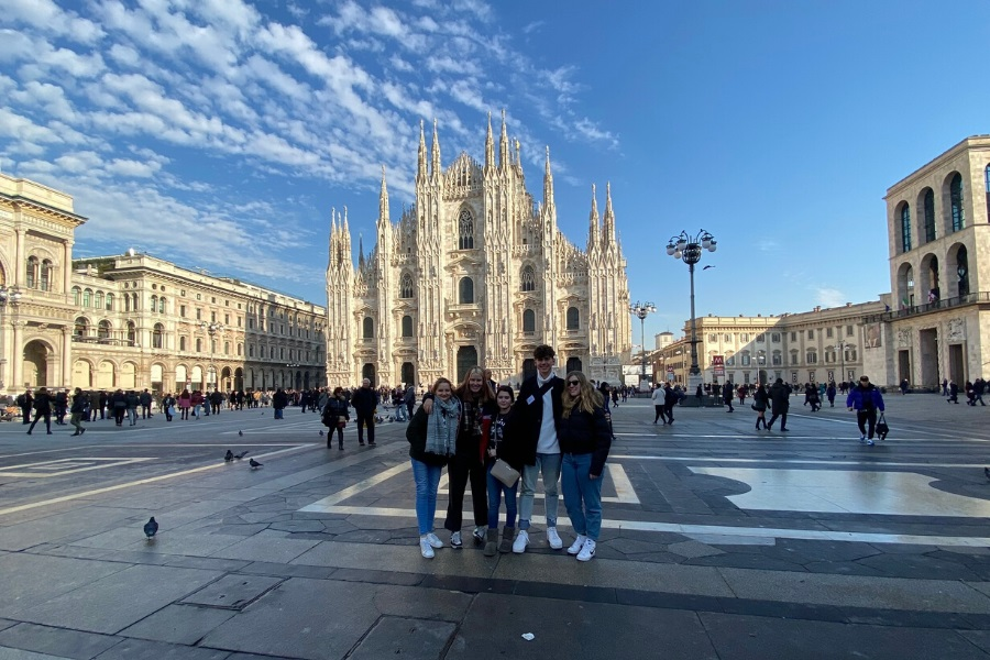 Exchange students in Milan